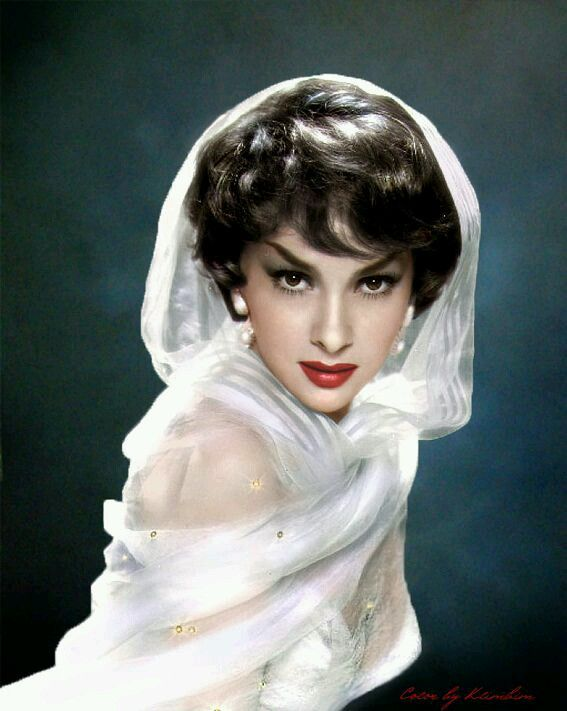 Scarlet lips and serious brow action from Italian beauty icon Gina Lollobrigida
