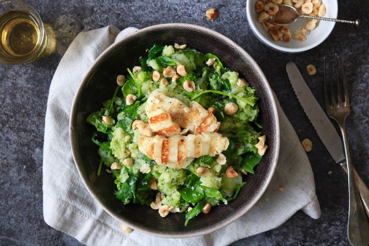 Broccoli-spinazie stamppot met halloumi – 5 OR LESS