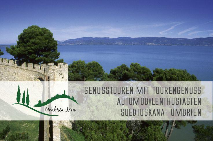 """Castiglione del Lago mit dem """"blauen Auge Umbriens"""", dem Lago Trasimeno."""
