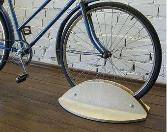 die besten 17 ideen zu fahrradst nder auf pinterest e. Black Bedroom Furniture Sets. Home Design Ideas