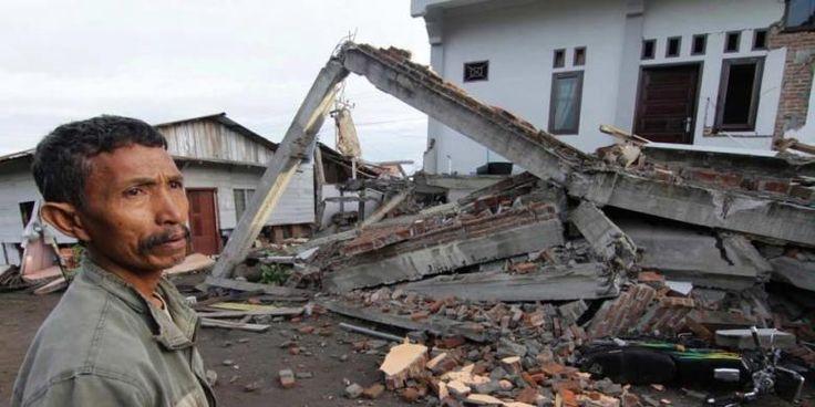 """Pelaku Konstruksi Jangan Cuma Kejar Target"" | 30/10/2014 | JAKARTA, KOMPAS.com - Tak dimungkiri, Indonesia saat ini mengalami pertumbuhan pesat yang ditandai maraknya pembangunan gedung-gedung bertingkat baik untuk perkantoran maupun hunian.Namun demikian, tak ... http://news.propertidata.com/pelaku-konstruksi-jangan-cuma-kejar-target/ #properti #jakarta #proyek #hotel"