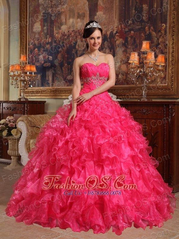 10 best images about Sweetheart Hot pink Traditional Quinceanera ...