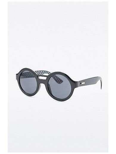 Minkpink Pretty Please Sunglasses in Black www.sellektor.com