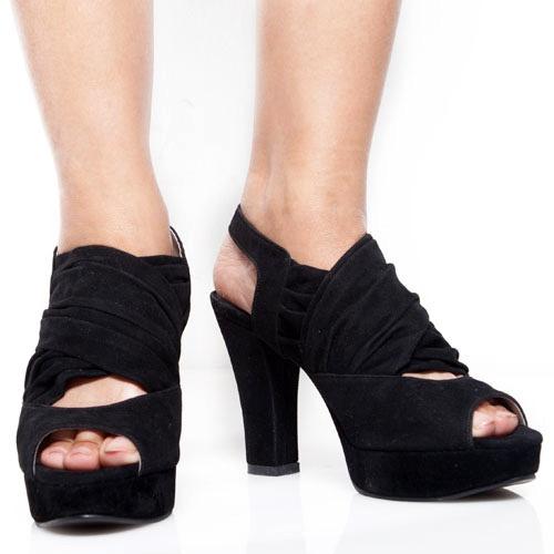 Eight Shoes - Keona Black Chunky Heels - Rp. 279.500