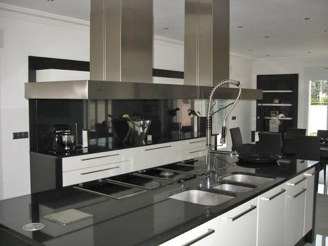 Hotte Design Extra Large Pour îlot   #pando #gutmann #2kominy #okap #