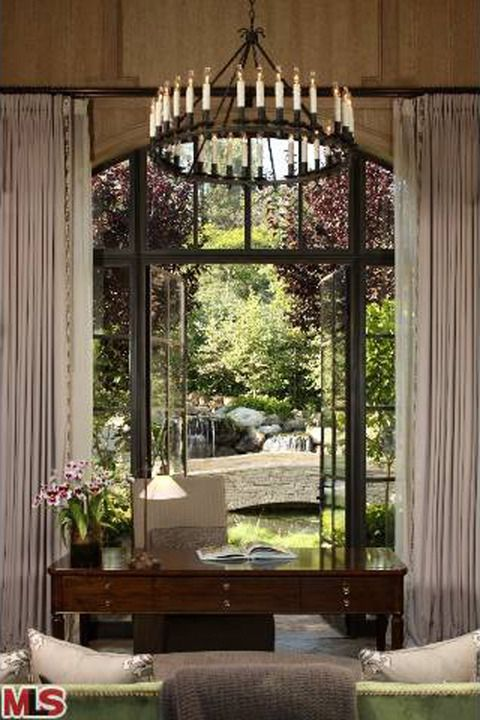 gisele and tom brady house   Tom Brady and Gisele SELLING Mega-Estate in L.A.!!!!!   Photo 14   TMZ ...