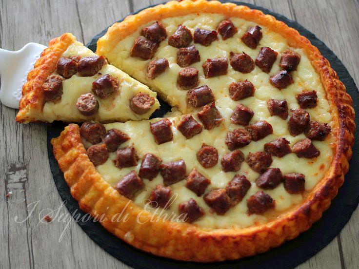 Torta salata patate e salsiccia morbidissima