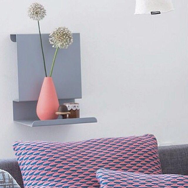 Ledge:able shelf by the sofa