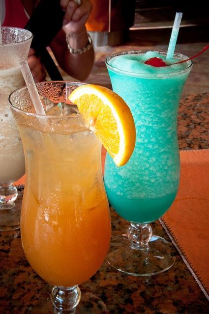 Blue orange drinks sounds good for Orange and blue cocktails