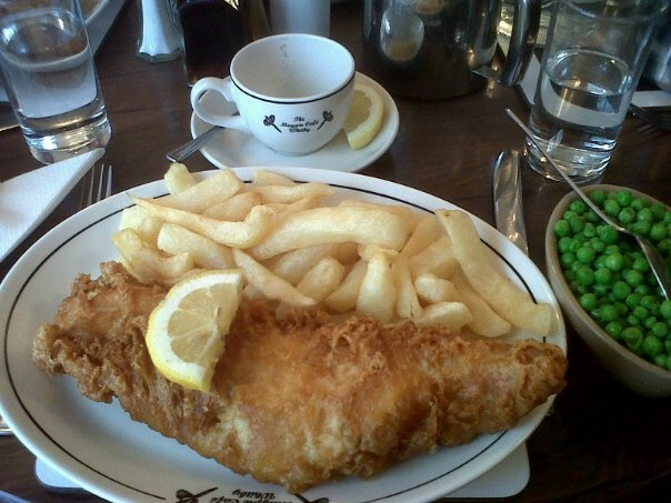 WHEAT-FREE Fish & Chips at The Magpie, Whitby. BEST. THING. EVER!