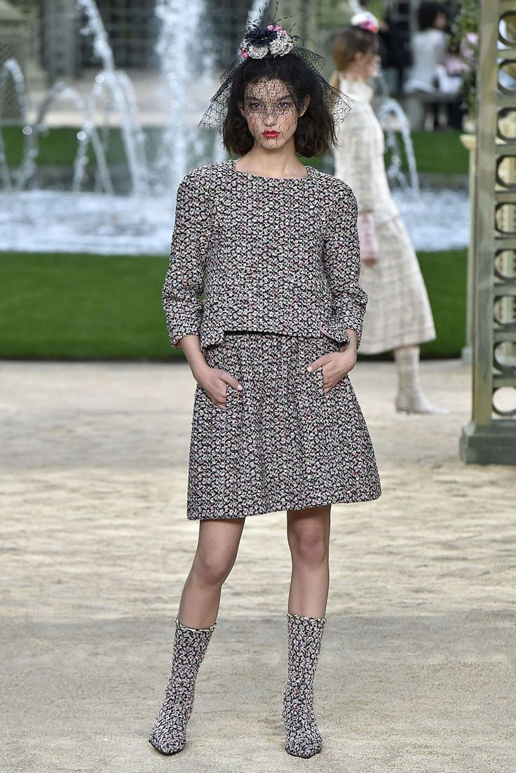 All the Looks from Chanel Spring 2018 Couture
