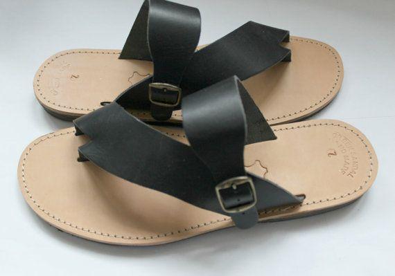 Artículos similares a Sandalias de cuero de los hombres cuero diapositivas/griego, sandalias bohemio plana zapatos para hombres de cuero flip flops/Handmade diapositivas de h/hombre de sandalias/Bohemia en Etsy