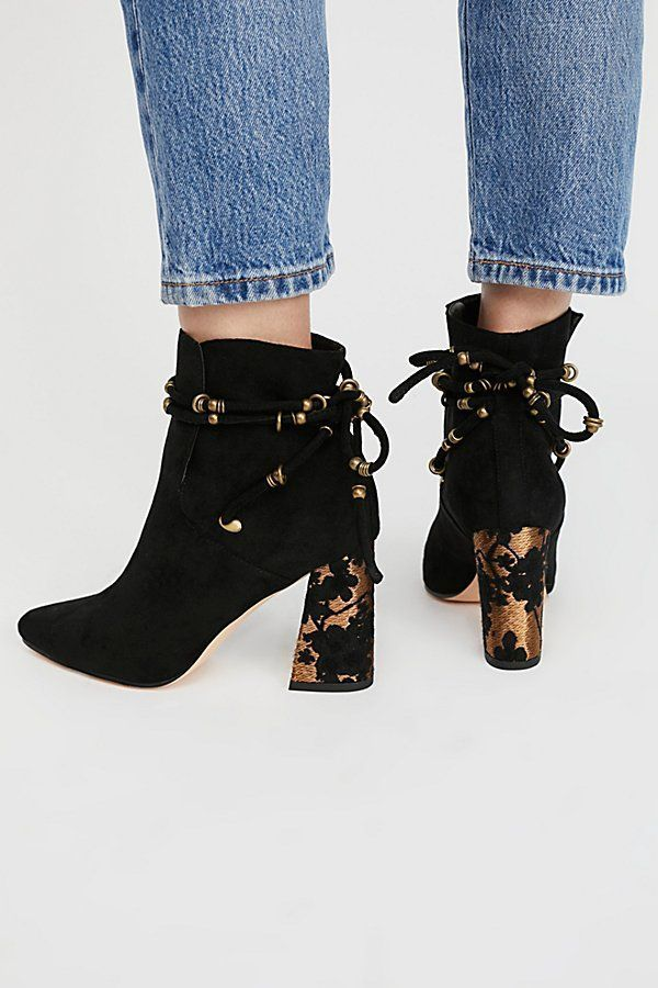 86b6c8537a1 From Free People The Vegan Starlight Boot. These are just too cute . . .and  also available in Navy.