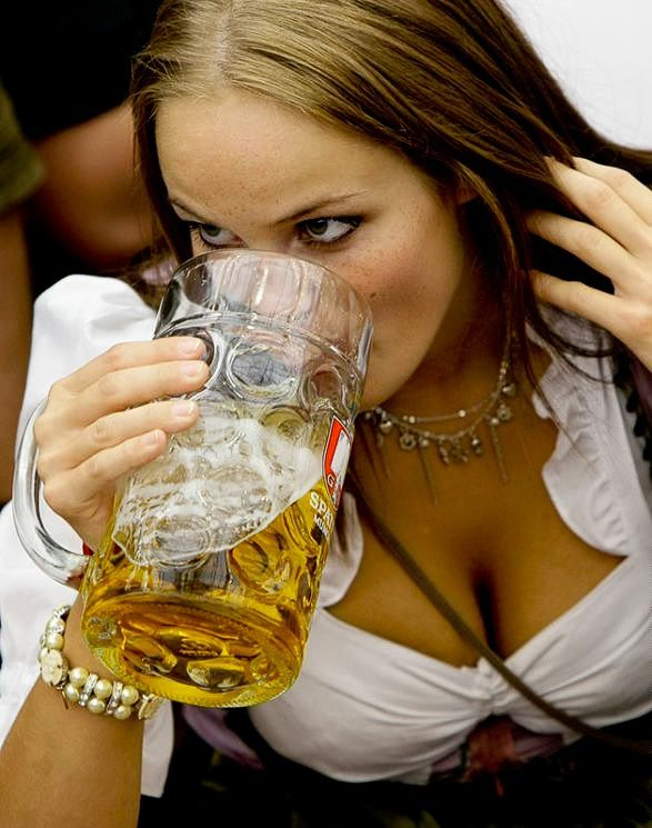 De meisjes werden dronken gevoerd voor dingen te kunnen laten doen