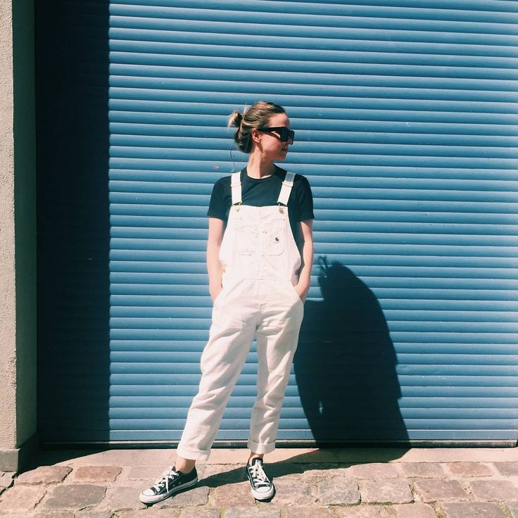 JF knows how to wear Dungarees by Carhartt on a sunny day! | ©hey woman!