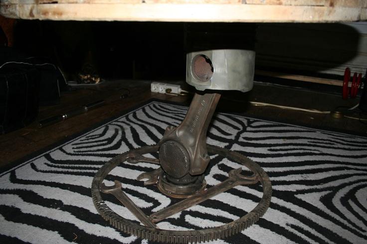table tournante piston