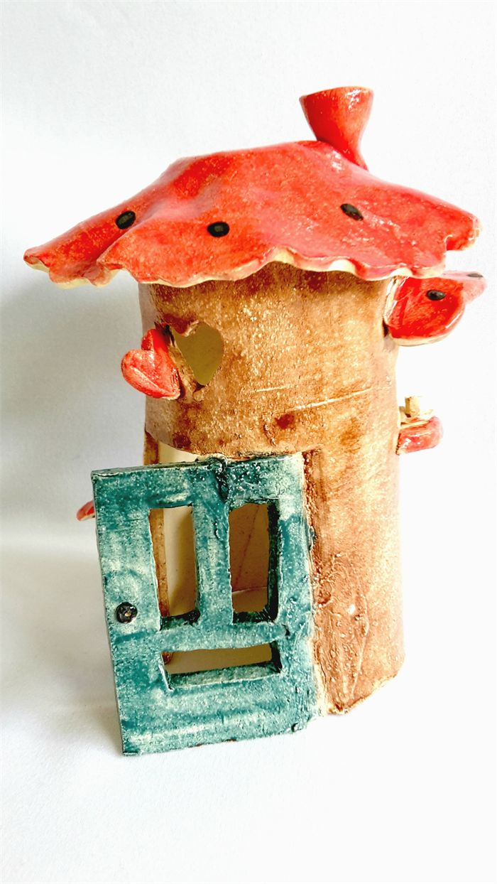 Pottery Fairy House with Removable Lid.