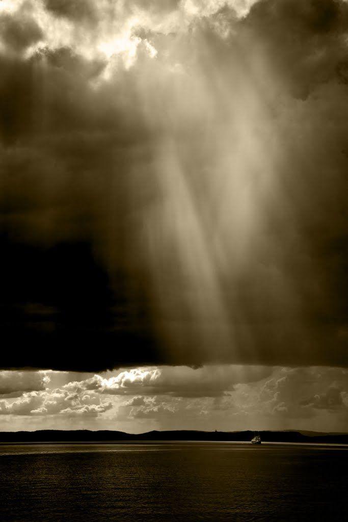 Racz (Shaman) Peter - Vihar közeleg / Lake Balaton, Hungary/ Storm approaching http://www.panoramio.com/photo/39705396
