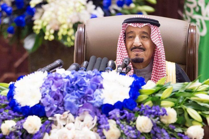 Saudi-Arabien : Turbulente Zeiten für den neuen König Salman http://web.de/magazine/politik/saudi-arabien-turbulente-zeiten-koenig-salman-30393302 END THE FLOGGING OF BADAWI, NOT ONLY POSTPONED!!!