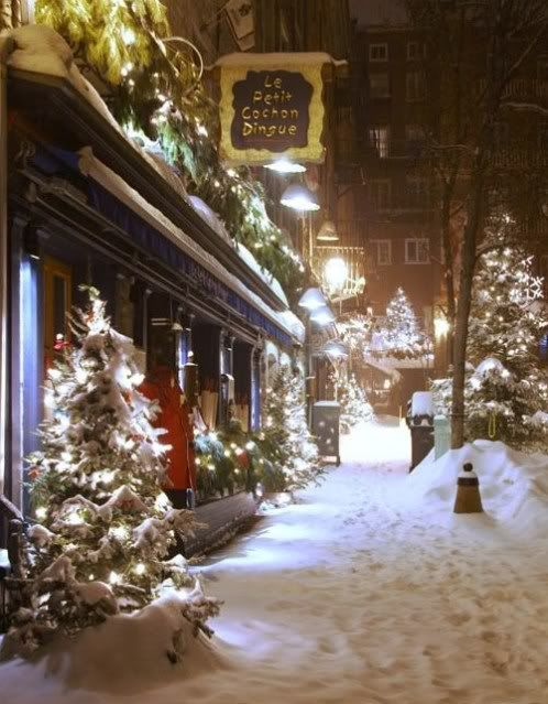 - - Snowy city sidewalk at Christmas /  Believe in the Magic of Christmas on Pinterest 5/27/16 sch