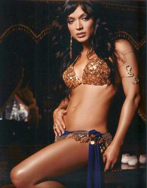 Mayte Garcia, Belly Dancer and Prince's ex-wife. Try it with Mayte! http://www.youtube.com/watch?v=tojsjYkqxSk