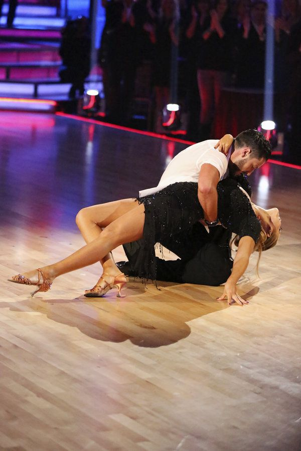 Dancing with the stars val dating BBBG