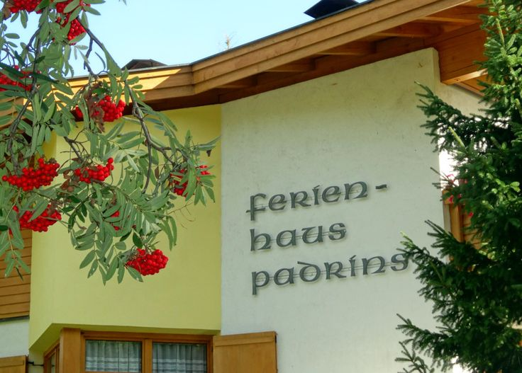 Ferienhaus Appartement Padrins * * * * 6157 Obernberg am Brenner Tirol, Austria  www.haus-padrins.at 0043 650 7838863