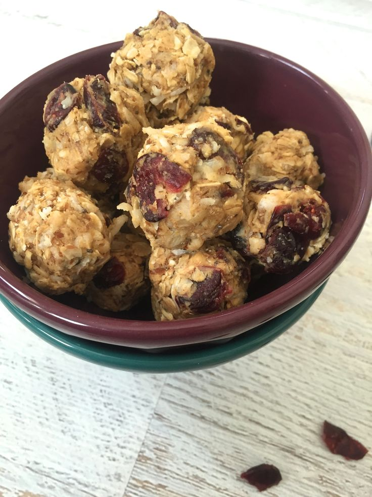 No Bake Coconut Cranberry Energy Bites: are loaded with nutritious ingredients in a small bite size snack. // A Cedar Spoon