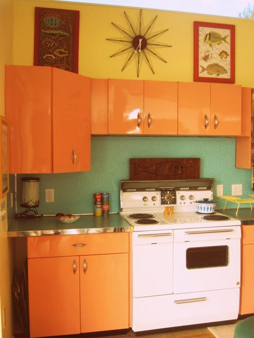 25 best vintage 50 39 s metal kitchen cabinets images on for Mid century modern kitchen cabinets