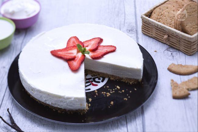 La cheesecake Light è un dolce adatto per chi vuole rimanere in forma senza rinunciare al gusto! La cheesecake leggera è semplice da preparare.