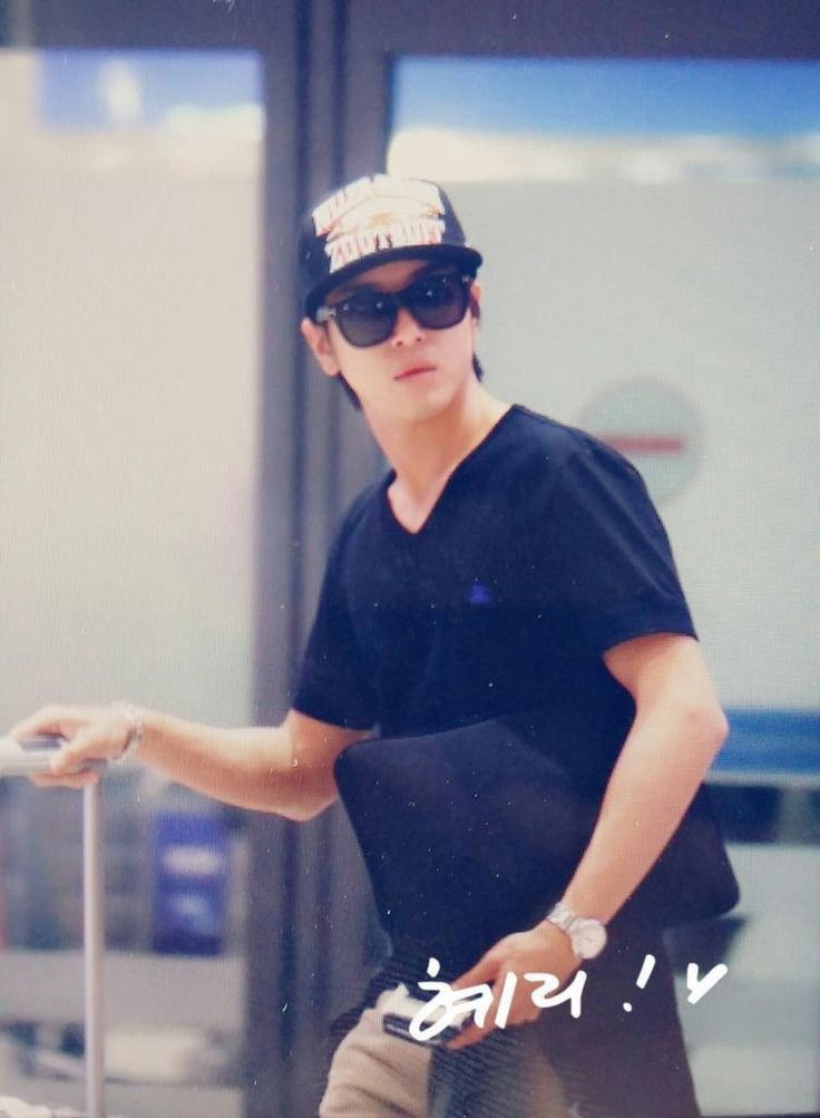 Jung Yong Hwa @ Incheon Airport back from LA 140812