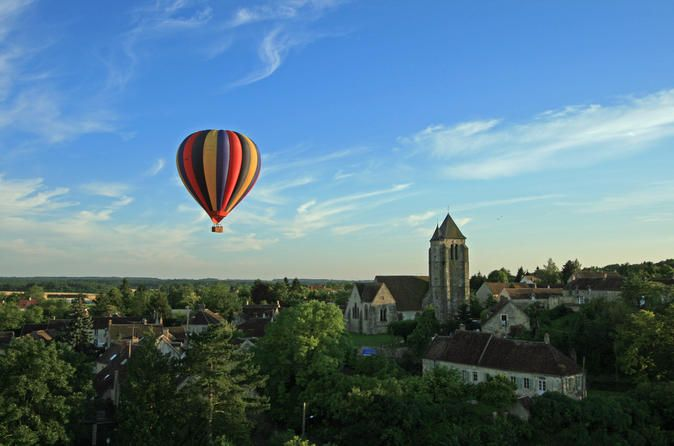 Burgundy Hot-Air Balloon Ride from Beaune Enjoy a balloon ride over the most famous vineyards of Burgundy, between Dijon and Beaune. It is here in Burgundy that this balloon company was created more than thirty years ago. The wonderful area of Burgundy is renowned for its gastronomic delights, fine wines and chateaux and gives every visitor a taste of the soul of France.Balloon rides in Beaune are scheduled every day when the weather conditions are optimal from May thru mid-Oc...