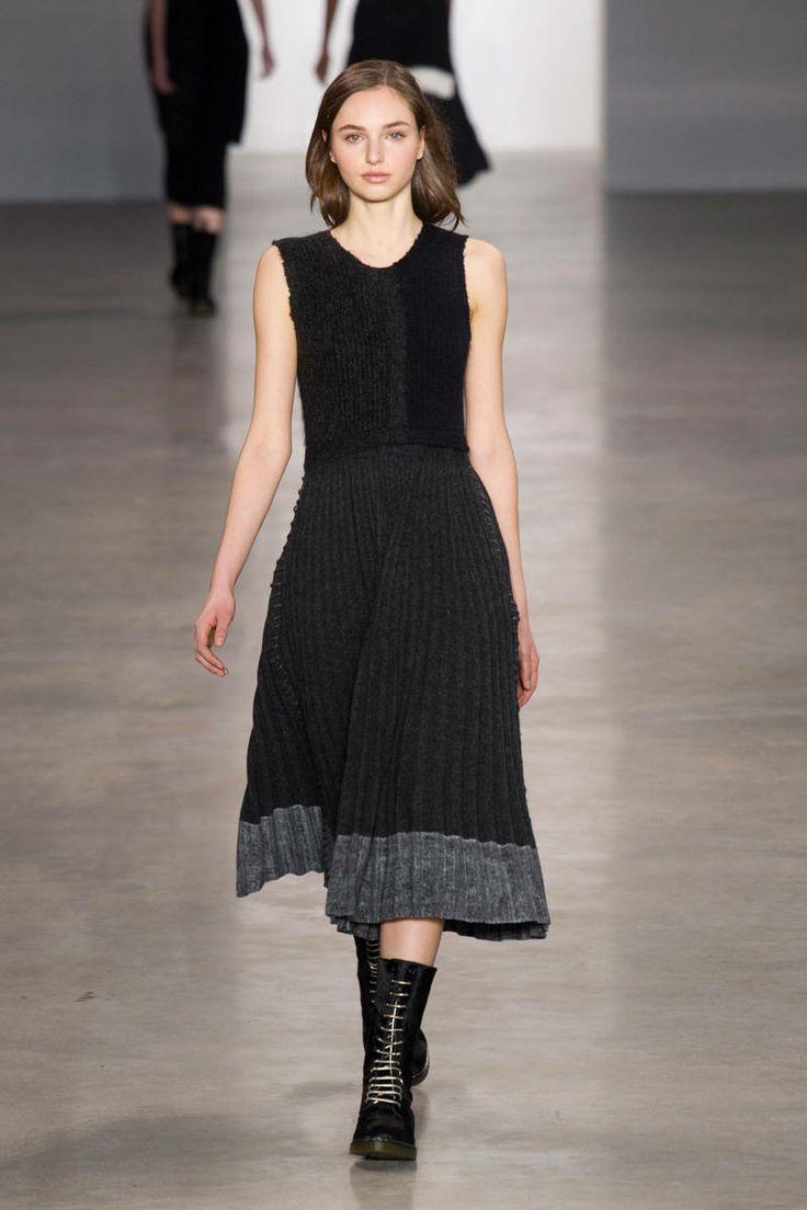 Calvin Klein. Vestido + Bototos.