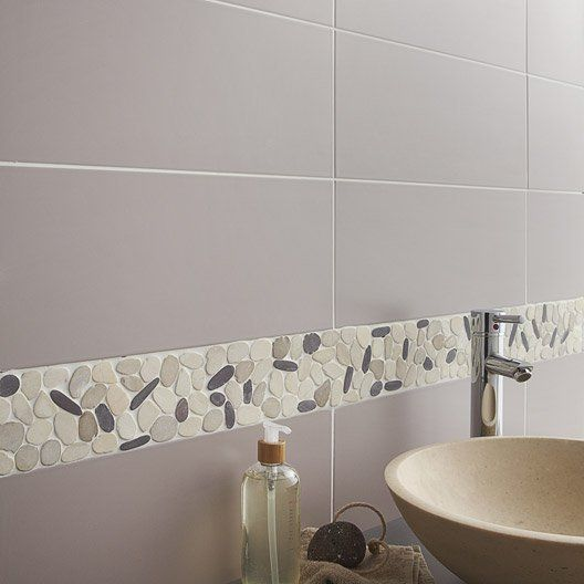 17 meilleures id es propos de murs prune sur pinterest salle de bains prune chambres for Carrelage gris mur prune
