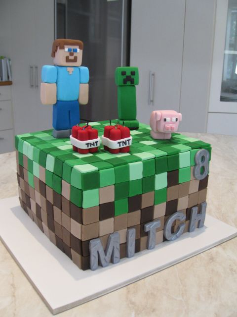Cake Ideas Minecraft : Minecraft Cake - Homemade By Hollie Cakes Pinterest ...