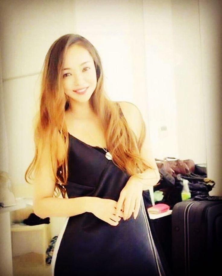 . . goodmorning♥ . . #安室奈美恵 #amurochan #namiegram #namieamuro #namiechan #cutegram #goodmorning #amurogram #sexy#beautiful . . 今日もぼちぼち 頑張りましょうね(´-ωก`)♥