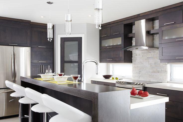 Armoires de cuisine contemporaines merisier stratifié | Québec Simard cuisine et salle de bains