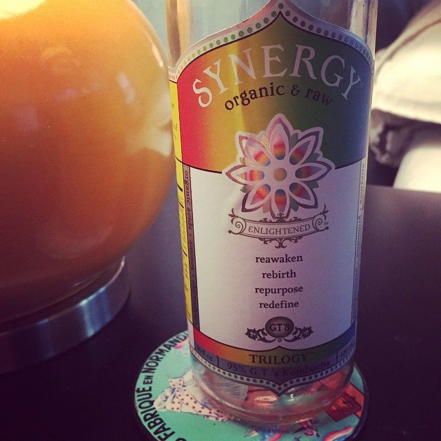 """""""Addicted! #kombucha #probiotic #synergy #organic #fitmom #fitfam #fitness #eatclean"""" Photo taken by @bephit on Instagram, pinned via the InstaPin iOS App! http://www.instapinapp.com (03/06/2015)"""