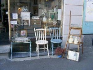 Moster Olga: Antik butik i Valby.