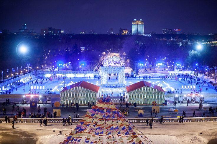 Самая большая открытая искусственная ледовая площадка Европы приглашает гостей. Список самых интересных зимних развлечений ищите в нашем новогоднем спецпроекте.