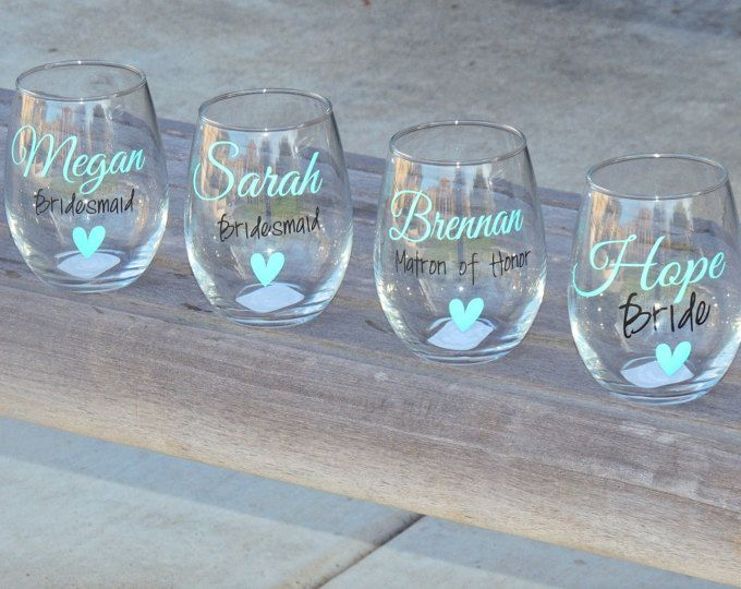 Set of 5 Bridesmaid wine glasses, bridal party glass, small wine glass, wedding party favor, personalized glass, stemless wine glass
