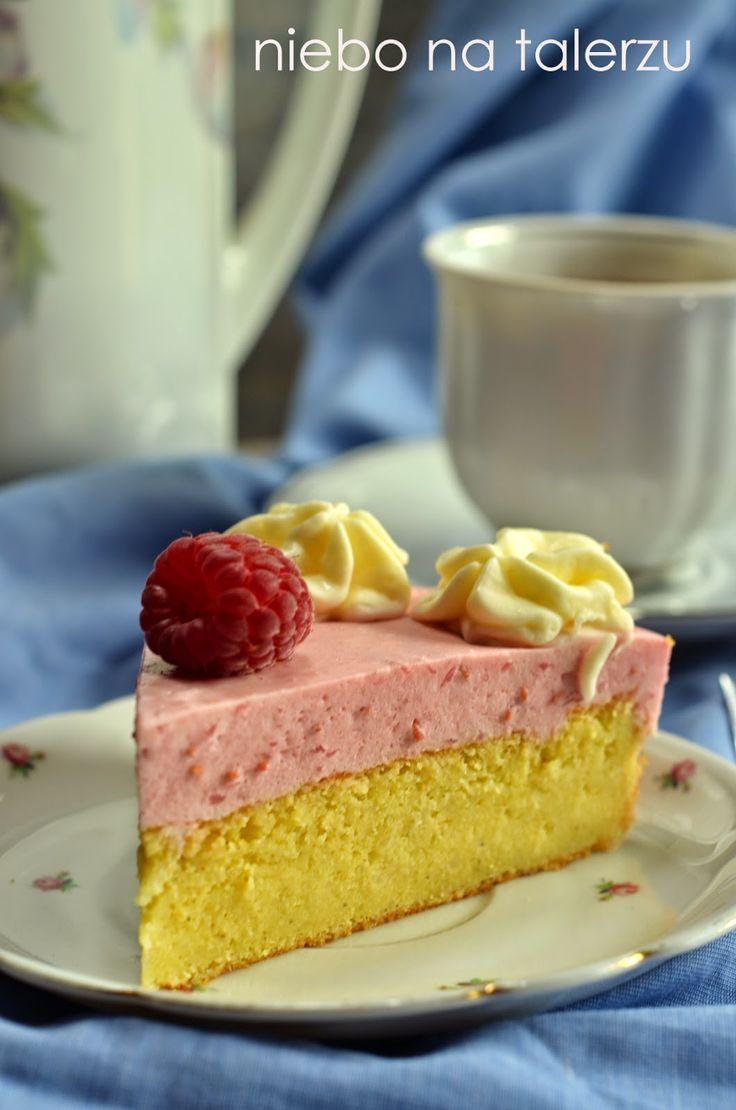 niebo na talerzu: Ciasto z kaszy jaglanej z malinową pianką
