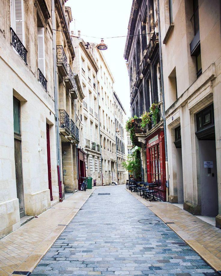 Souvenir d'un joli week-end bordelais. Bordeaux même sous la pluie tu étais vraiment chouette. Un petit city guide avec mes bonnes adresses bientôt sur le blog ! #bordeaux #cityguide
