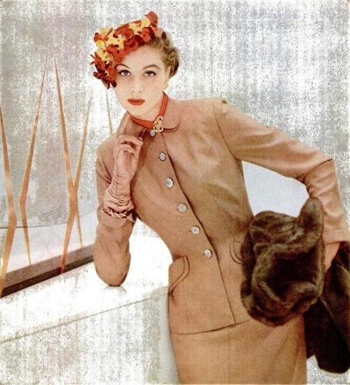 Suzy Parker 1953