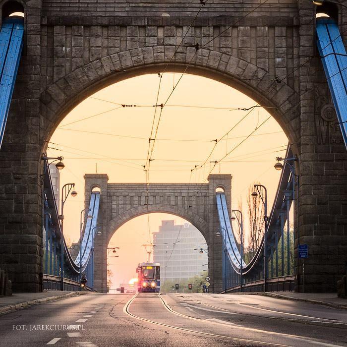 Most Grunwaldzi o świcie fot Maciej Lulko