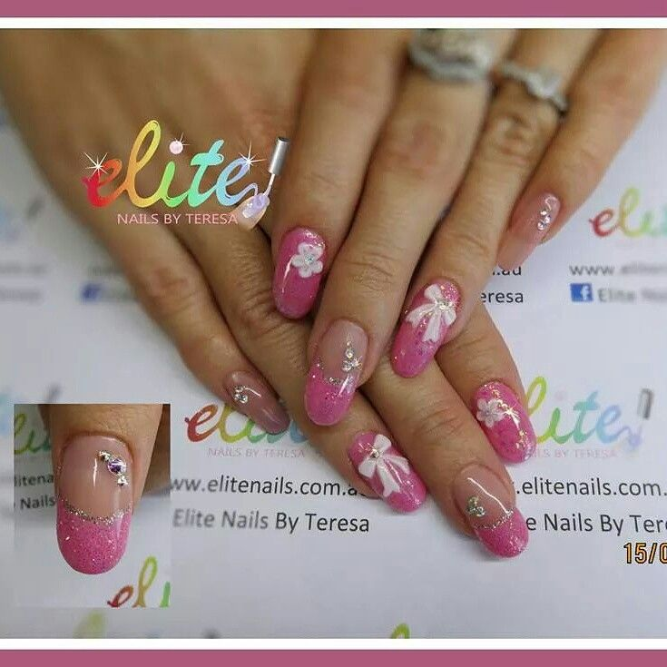 The 25 best pink oval nails ideas on pinterest almond nails pretty pink oval nail nail art cnd shellac glitter 3d bows flowers prinsesfo Image collections