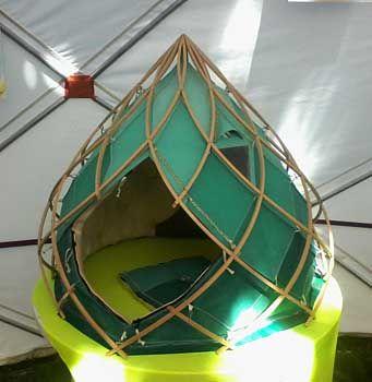les 25 meilleures id es de la cat gorie structure de bambou sur pinterest architecture en. Black Bedroom Furniture Sets. Home Design Ideas