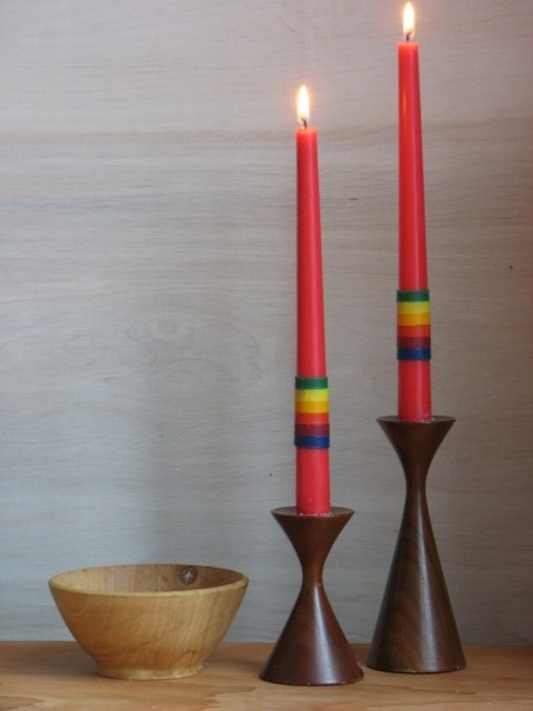 add wax strips to candles: great to add color!