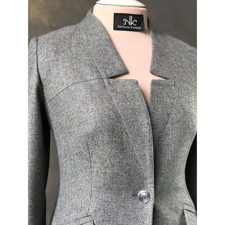 Unique notch lapel jacket