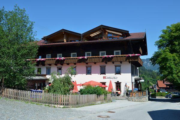 TRADITIONSGASTHOF WEISSBACHER // Gasthof mit sehr großem und deftigem (typisch Tiroler) veganem Angebot // ★(★) http://www.traditionsgasthof-weissbacher.com